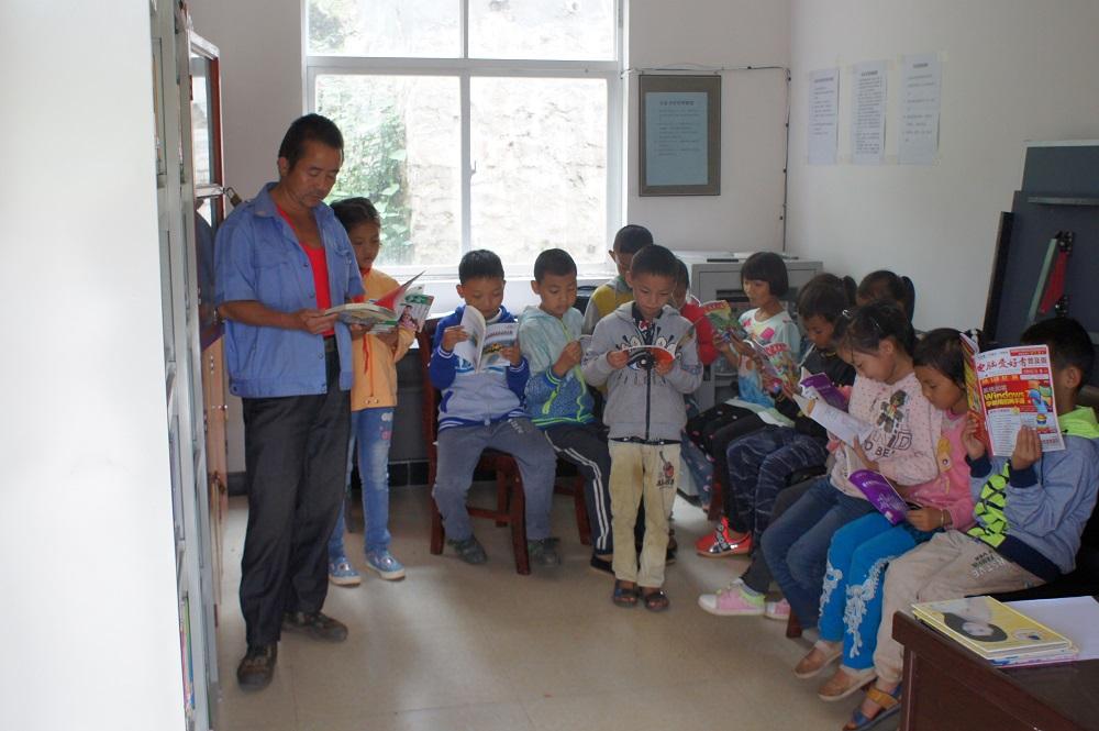 """姚安县""""我的书屋,我的梦""""农村少年儿童阅读实践活动显"""